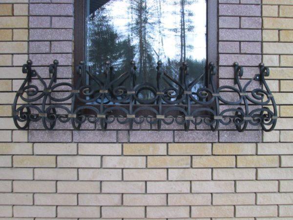 Декоративная уличная цветочница на окно из металла фото цены
