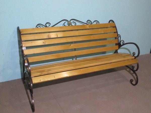Фото металлическая скамейка Бабочка с элементами ковки в Коврове и Владимире
