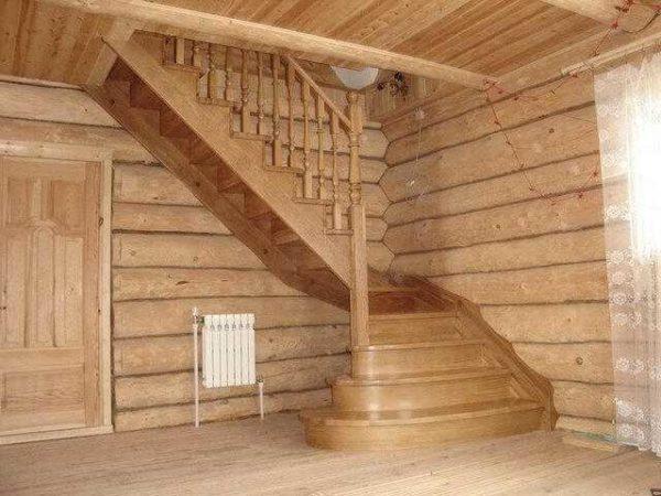 Лестницы из дерева на дачу второй этаж фото