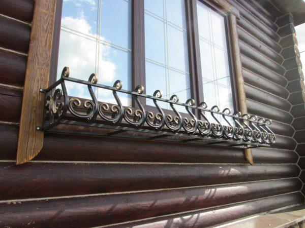 Фото уличные кованые цветочницы на окна в Коврове