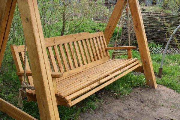 Фото сиденье на качели из дерева для дачи