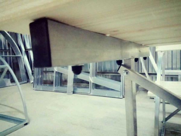 Стол для дачи из оцинковки в Коврове